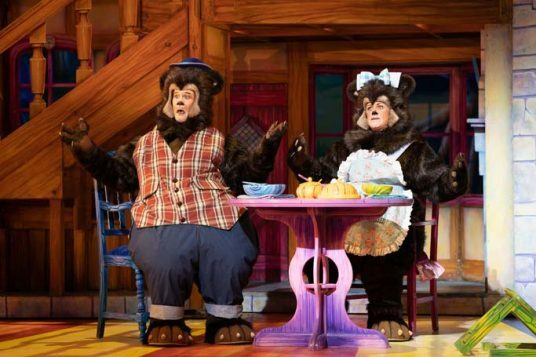 Goldilocks and the Three Bears - Theatre Royal Newcastle - Peter Peverley & Christina Berriman Dawson - Credit Paul Coltas