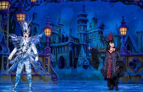 Snow White at The London Palladium - l-r Julian Clary as The Man in the Mirror and Dawn French as Queen Dragonella - Photo Paul Coltas