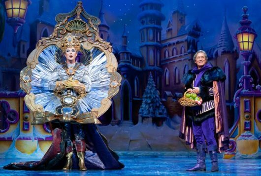 Snow White at The London Palladium - l-r Julian Clary as The Man in the Mirror and Nigel Havers as The Understudy - Photo Paul Coltas