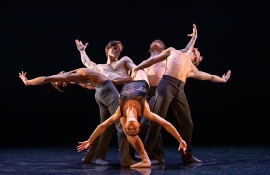 Scottish-Ballet-dancers-in-in-Sophie-Laplane's-Dextera,-part-of-Scottish-Ballet's-Spring!.-Credit-Andy-Ross