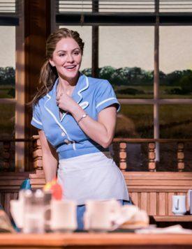Waitress-Adelphi-Theatre-Katharine-McPhee-Jenna-Photographer-Johan-Persson2