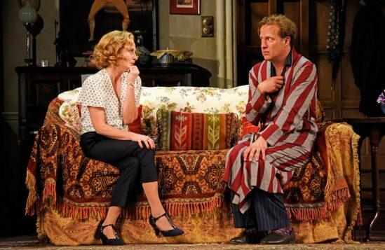 Lisa-Dillon-and-Geoffrey-Streatfeild-in-Blithe-Spirit-at-Theatre-Royal-Bath