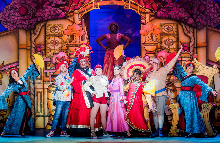 The cast of Hackney Empire's Aladdin in 2018, which Susie McKenna directed