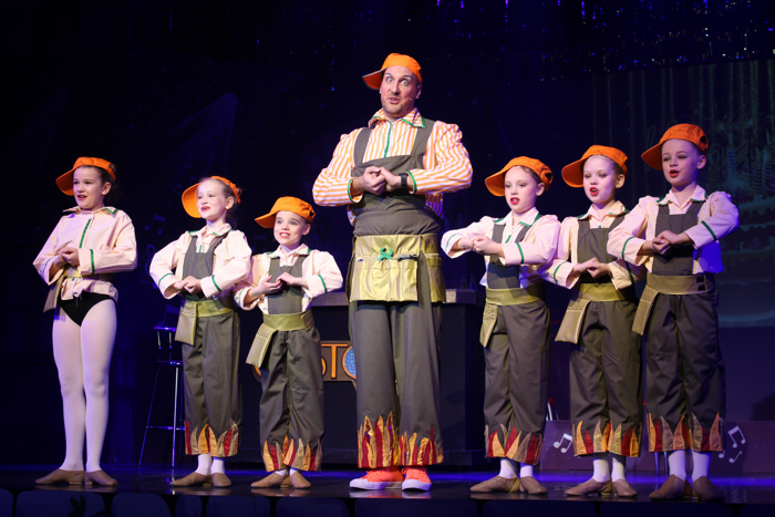 The cast of Beauty and the Beast at Motherwell Theatre
