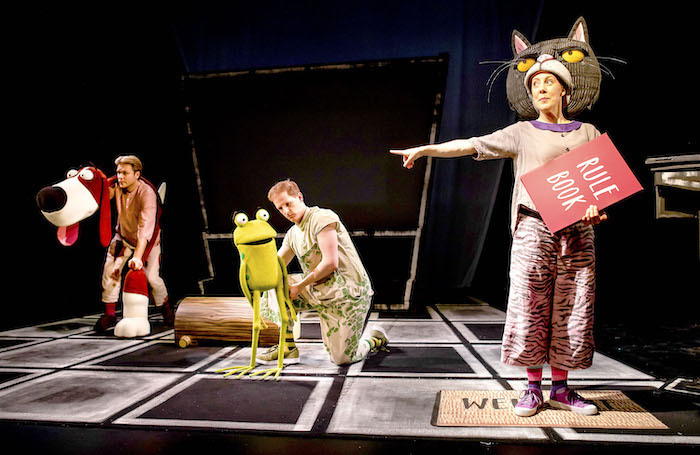 Darren Seed, John Winchester and Lucy Tuck in Oi Frog & Friends! Photo: Pamela Raith Photography