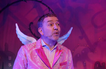Exeter Northcott boss steps in to save pantomime press night