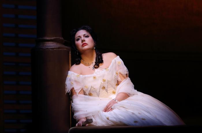Hrachuhí Bassénz in La Traviata at Royal Opera House. Photo: Catherine Ashmore