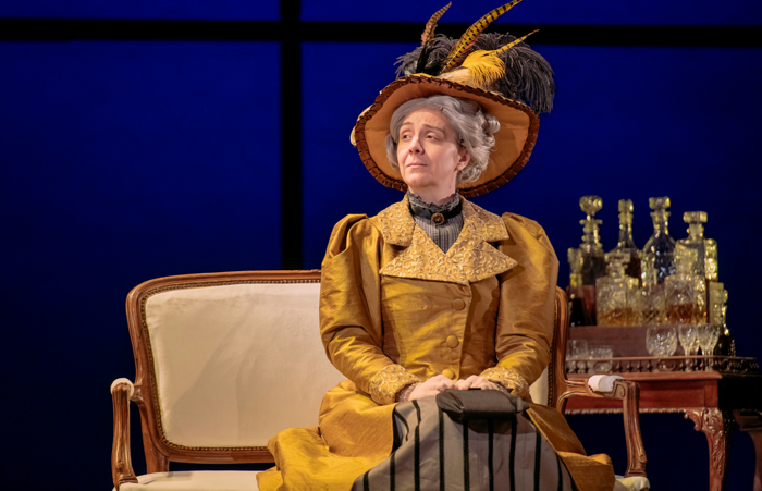 Karen Dunbar as in The Importance of Being Earnest at Perth Theatre. Photo: Mihaela Bodlovic