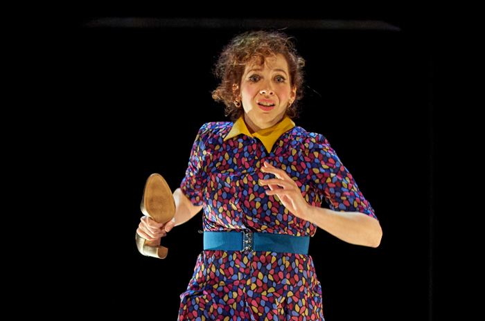 Katherine Parkinson in Shoe Lady at Royal Court, London. Photo: Manual Harlen