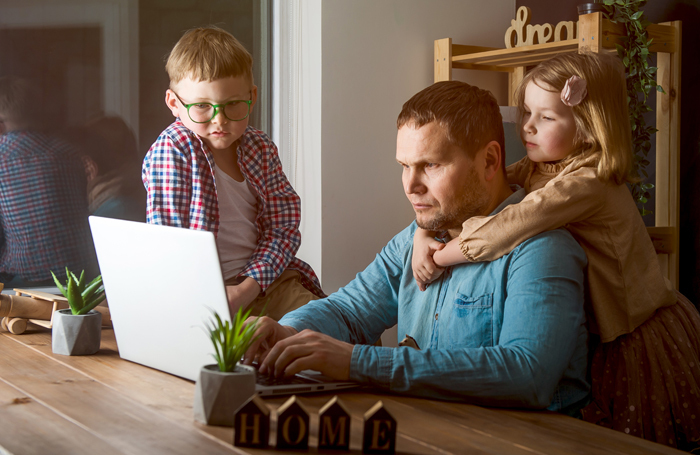 Parenting while working from home can be a big challenge. Photo: Shutterstock