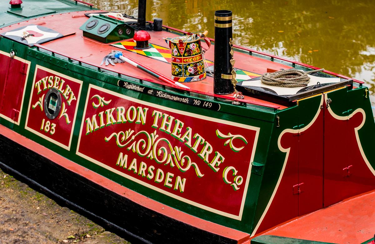 Tyseley, Mikron Theatre's narrow boat. Photo: Bob Lockwood