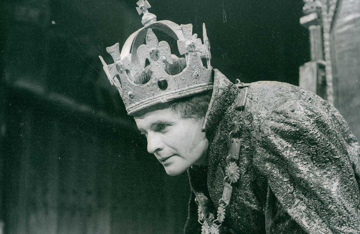 Ian Holm as Richard III in 1963