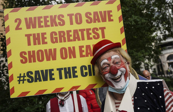 Circus performers march on Downing Street warning sector could collapse in two weeks