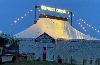 Giffords Circus: The Feast