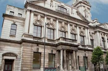 Shoreditch Town Hall establishes youth advisory board as it reopens
