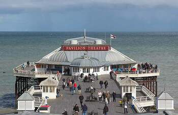 Cromer Pier theatre reopens with socially distanced variety show