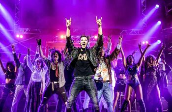 Rock of Ages to tour in 2021
