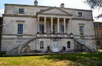 Drama staff at risk as University of Roehampton looks to make £3.2m savings