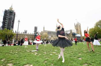 Ballet dancers protest outside parliament in call for more support