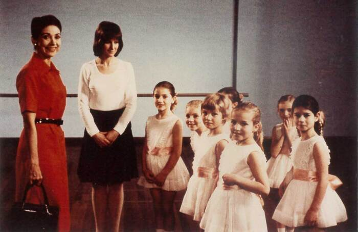 Margot Fonteyn (left) at the Royal Academy of Dance in 1972. Photo: Felix Fonteyn