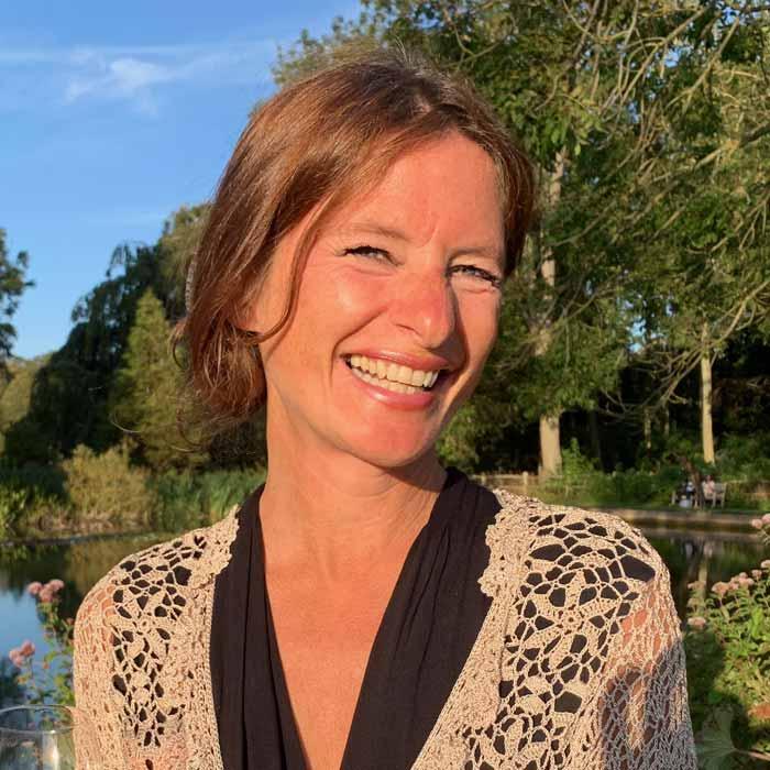 Helen Paris