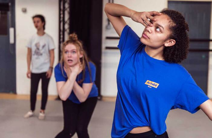 How will drama schools operate summer courses in 2021?