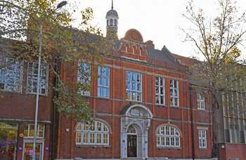 Drama schools need to be able to learn from LAMDA's mistakes