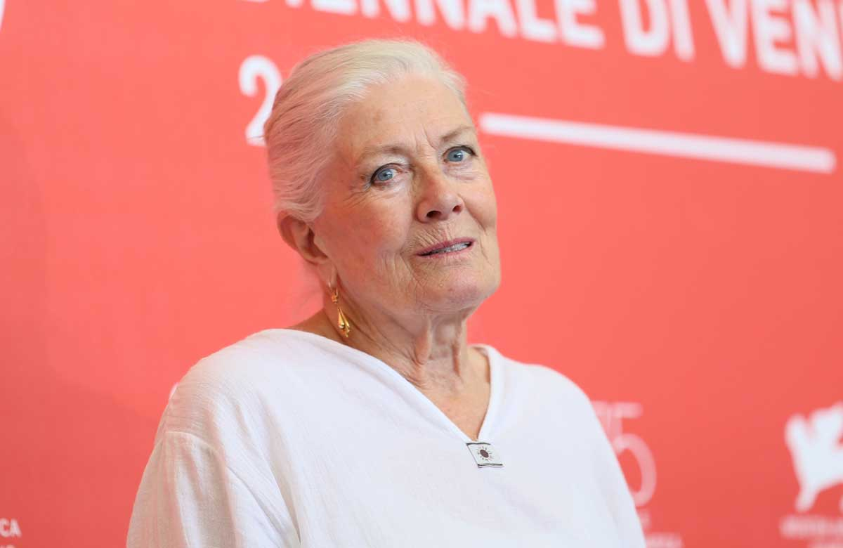 Vanessa Redgrave joins outrage at proposed V&A theatre collection restructure