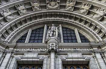 V&A accused of refusing to reduce 'exorbitant salaries' to save jobs