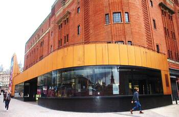 Liverpool's Royal Court to offer socially distanced seating areas until October