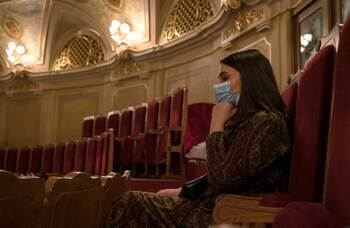 The rules may be relaxing, but that doesn't mean all theatre audiences are