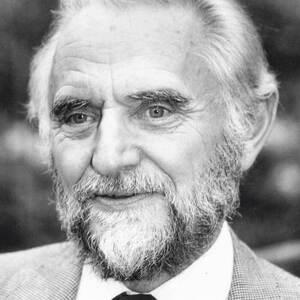Stanley Wells