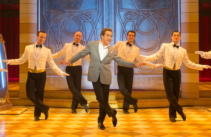 Robert Lindsay in Dirty Rotten Scandals in the West End in 2014. Photo: Tristram Kenton